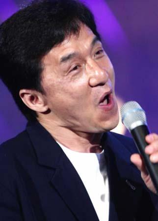 成龙醉酒大闹李宗盛演唱会 爆粗口与歌迷对骂