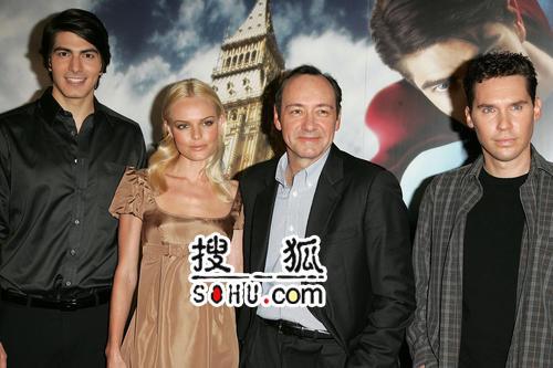《超人3》伦敦记者会 凯特与白兰登亲密亮相
