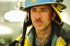 奥利弗斯通新片8月上映 消防员将先睹《世贸》