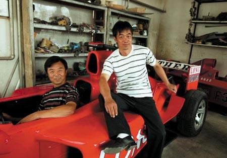 小人物实现梦想:赵氏孤儿手工做出四辆F1(图)