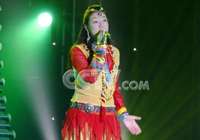 青歌赛通俗唱法决赛选手:康珠