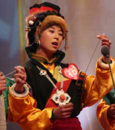 青歌赛原生态唱法决赛选手:阿尔麦(藏族)多声部
