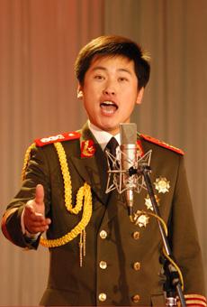 青歌赛原生态唱法决赛选手:李峰