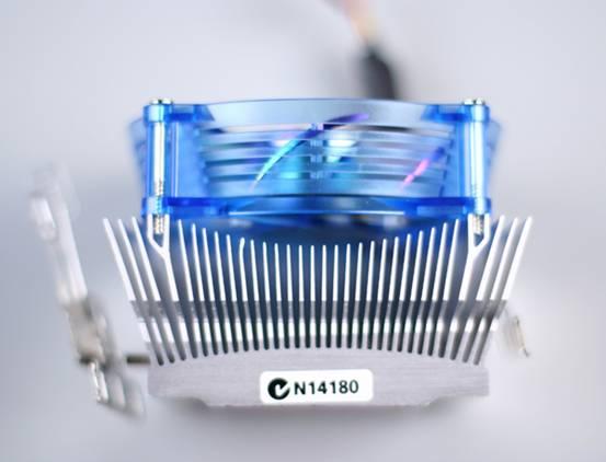 触手可及—技嘉Neon8 Cooler,少花钱,多办事