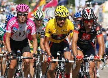 环法第18赛段托萨托冲刺发力夺冠 佩雷罗穿黄衫