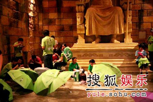 图:欢乐谷现场 - 笔迷躲雨忙4