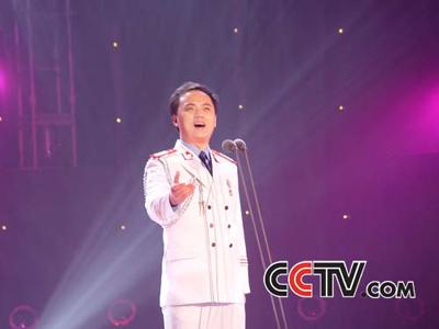 青歌赛民族唱法决赛选手:陈永峰
