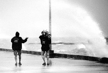 格美登陆将出现大风暴雨 七省迎战转移居民(图)