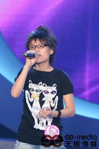 广州唱区10强选手 张晓洁:我比周笔畅更可爱