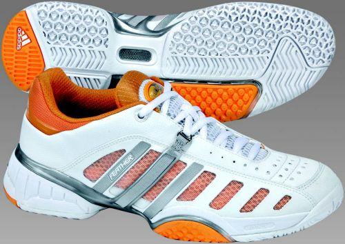 阿迪达斯网球鞋:女式竞技表现系列(二)