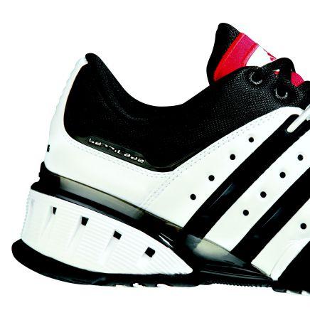 阿迪达斯板球装备:Barricade第四代网球鞋(3)杰克网球气室打气图片
