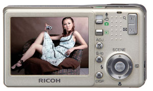 理光全线R数码相机送金士顿512MSD卡