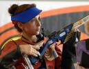 图文:女子步枪3X20 加尔金娜在决赛中