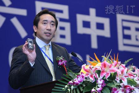 图文:诺基亚大中国区渠道发展副总裁黄伽卫
