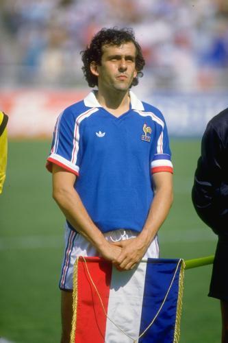 阿迪星地带之足球明星普拉蒂尼:法国队长