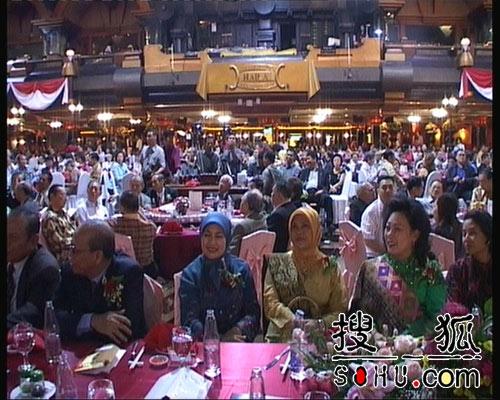 古典时尚组合昨晚感动印尼和印尼华族社会(图)