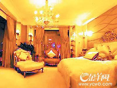 所有的家具都描上了金边-中国内地最贵豪宅1.3亿出售 曾被疑销售不善