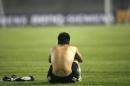 图文:中国国奥队主场失利 王大雷失望至极
