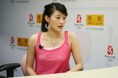 图文:奥运冠军李娜做客搜狐聊天 畅谈北京奥运