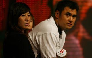 图文:刘玉栋和扬杨参加奥运倒计时两周年活动