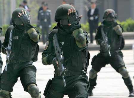 雪狼突击队现身京城 为奥运安保训练三年(组图)