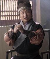 王英(吴军饰)