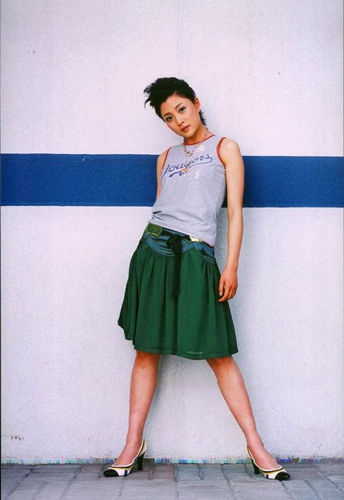 《爱了散了》演员写真—殷桃4