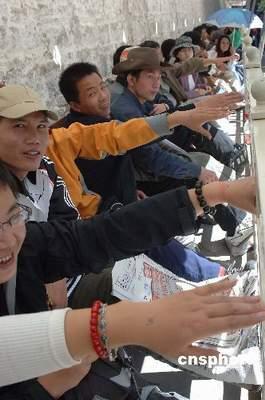 青藏铁路拉萨至日喀则支线明年动工修建(图)