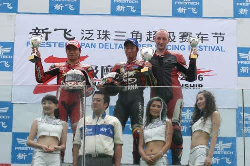 泛珠赛车节超级摩托车组 黄世钊击败张炜安夺冠