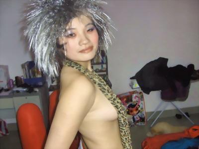 聚焦网络女红人:裸露只是穷人出名的手段(图)