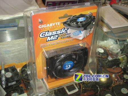 技嘉Classic M2散热器包装