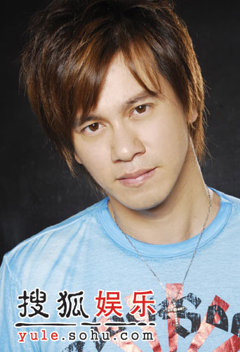 李圣杰《关于你的歌》稳坐台湾风云排行前三甲