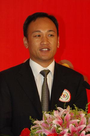 图文:用友软件工程公司总裁邵凯发表主题演讲
