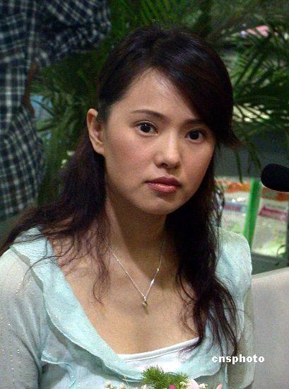 伊能静祝福王菲女儿被批炒作 要媒体道歉(图)