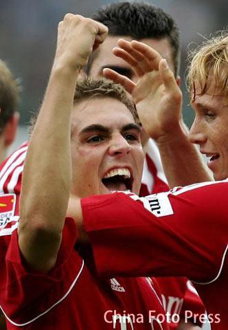 拉姆进球献礼马加特 左路精灵成就拜仁客场三分