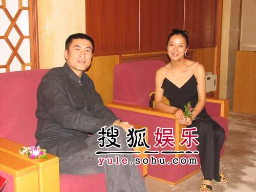"""苏岩陈道明相约大会堂 为""""红楼""""选秀走红毯"""