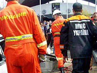 俄客机坠毁171人遇难 可能被雷电击中(组图)