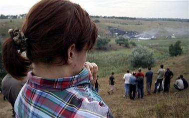 图文:俄客机坠毁在乌克兰顿涅茨克约45公里处