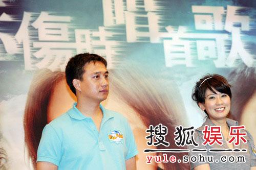 第一次在戏里触电的黄磊和贾静雯,都做了孩子的父母大聊育