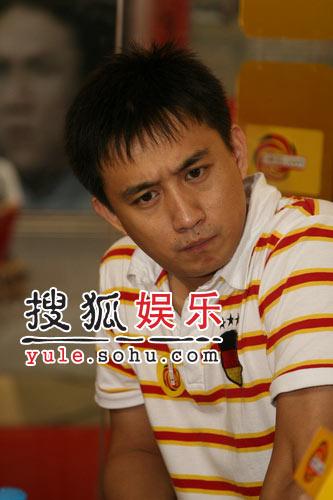 快讯: 贾静雯嘲笑黄磊应该活在古代
