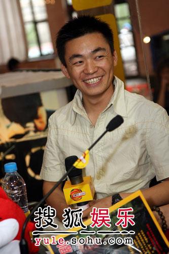 独家:王宝强憨厚微笑
