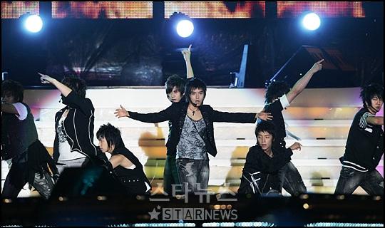 首尔电视剧颁奖礼今晚举行 庆祝公演群星闪耀