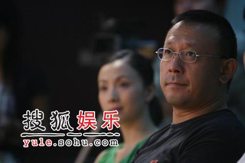 姜文陶虹现场做评委 搜狐携中戏办DV大赛(图)