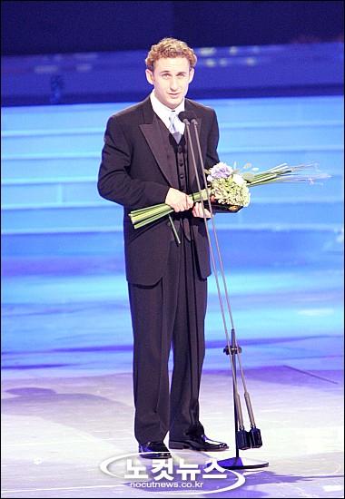 最佳男演员—Michael Theriault(加拿大)