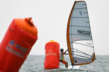 图文:青帆赛接近尾声 香港选手陈敬然夺得铜牌
