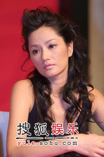 与张亚东出游被偷拍 瞿颖反感大为愤慨(图)