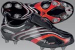 阿迪足球装备
