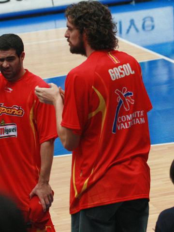 世锦赛图:西班牙VS希腊 加索尔鼓励队友