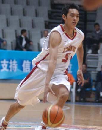 男篮亚青赛复赛首场 中国队21分轻松战胜哈萨克