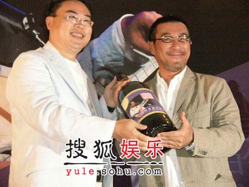 李宗盛个唱上海起跑 张艾嘉品冠拖家带口捧场
